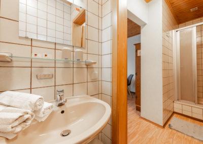 Landgasthof-Schicker-Doppelzimmer-003-
