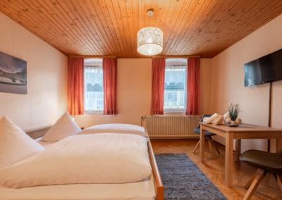 Landgasthof-Schicker-Doppelzimmer-004-