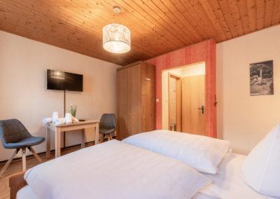 Landgasthof-Schicker-Doppelzimmer-006-