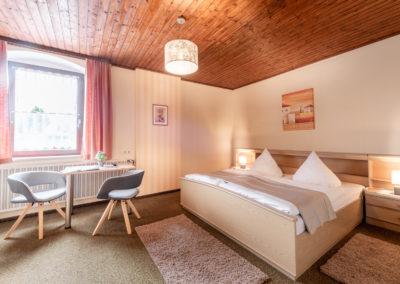 Landgasthof-Schicker-Doppelzimmer-016-