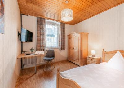 Landgasthof-Schicker-Einzelzimmer-001-