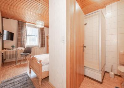 Landgasthof-Schicker-Einzelzimmer-002-