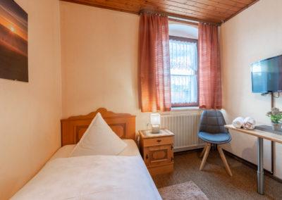 Landgasthof-Schicker-Einzelzimmer-006-